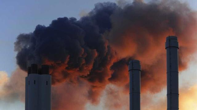 Parlamento Europeu aprova meta de reduzir emissões de gases até 2030