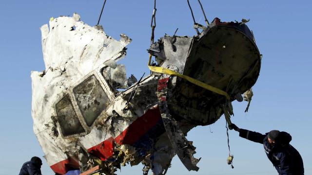Voo MH17 foi derrubado por míssil russo, conclui investigação