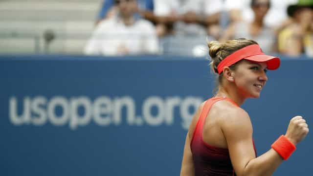 Em meio à polêmica no US Open, Azarenka defende vacinação de tenistas