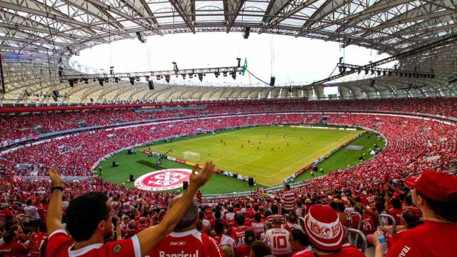 Inter faz confronto decisivo contra Corinthians e  busca empate