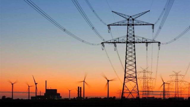 FI-FGTS aplicará R$ 248,3 milhões em linha de transmissão de energia