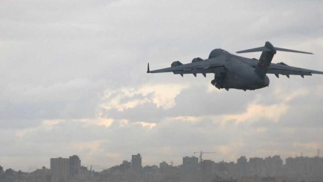 Reino Unido intercepta dois aviões russos perto do seu espaço aéreo