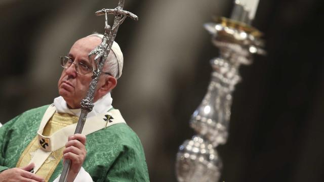 Papa aceita renúncia de bispo americano acusado de abuso sexual