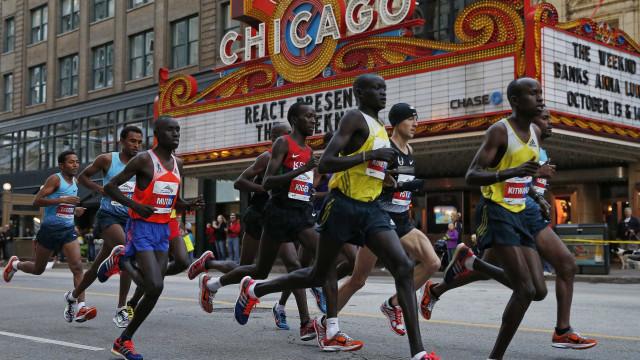 Com aumento de casos de covid-19, Maratona de Chicago é cancelada