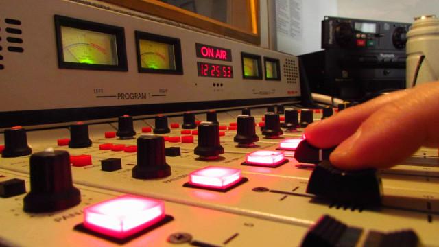 Ministério autoriza 53 rádios a fazer a migração do AM para o FM