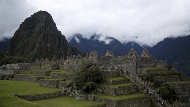 Brasileiros ficam isolados em Machu Picchu após acidente com trem