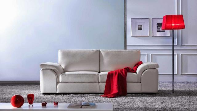 Veja 5 dicas para limpar seu sofá