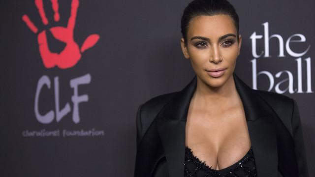 Críticas à celulite abalam autoestima de Kim Kardashian