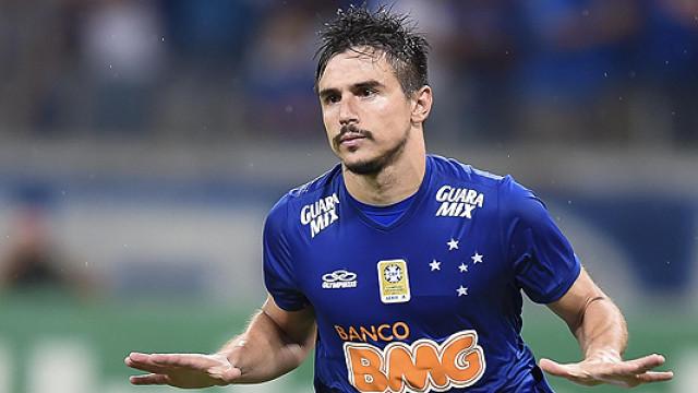 Sem jogar há 40 dias, Willian é relacionado pelo Cruzeiro para semifinal