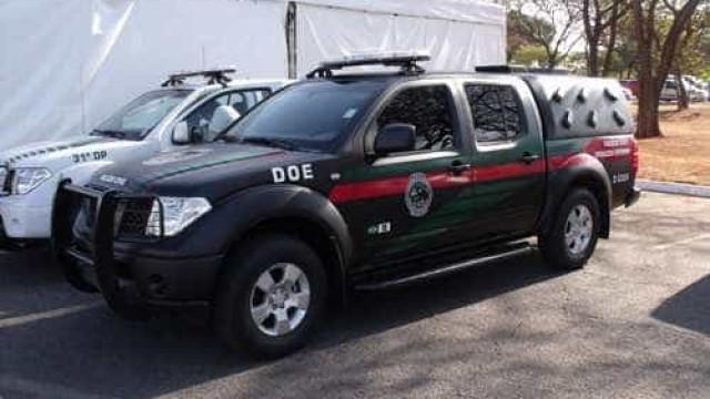 Menor suspeito de assaltar mulher apanha no Distrito Federal