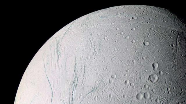 Mistério de Saturno: NASA recebe sons extraterrestres da Cassini