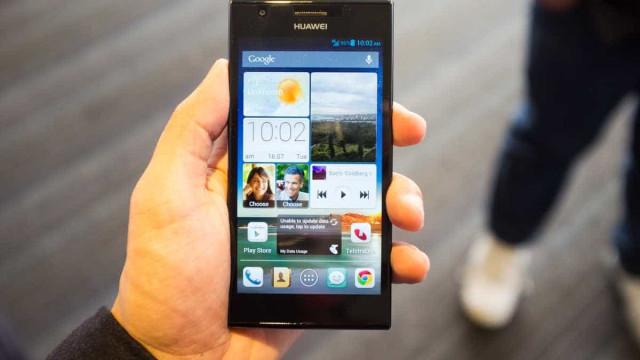 Huawei produz smartphones sem tecnologia americana após restrições