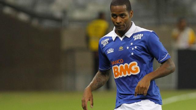 Dedé faz planos no Cruzeiro e evita sonhar com Europa