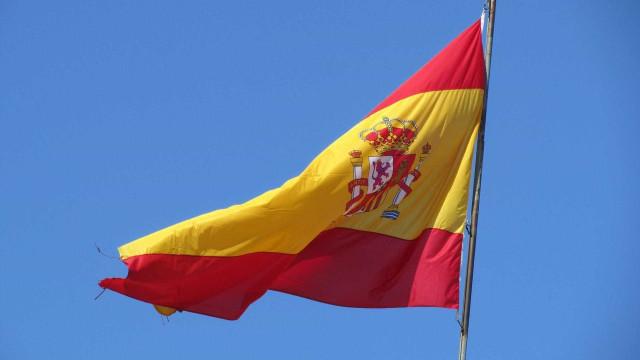 Morte 'acidental' de jovem em internato na Espanha provoca indignação
