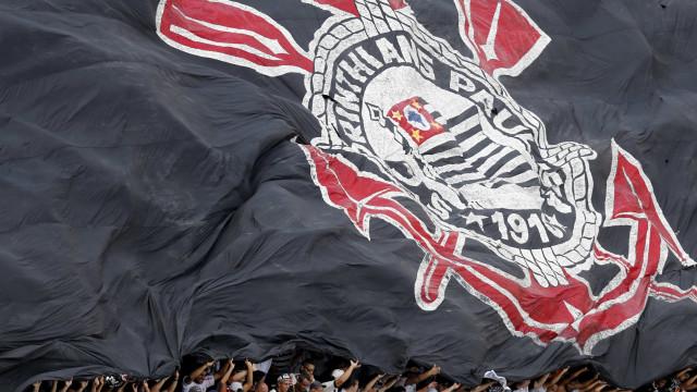 Corinthians perde do Fluminense e fica fora do G4