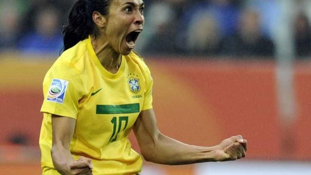 Brasil bate Itália com gol histórico de Marta e avança no Mundial