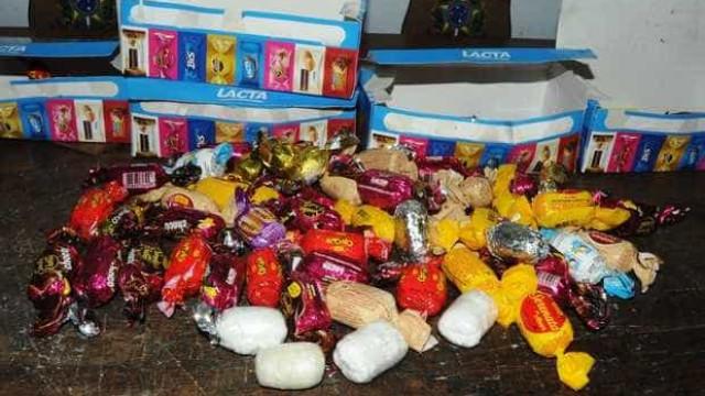 Dupla é presa com cocaína em embalagens de bombons em São Paulo