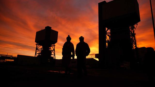 Inglaterra fecha a última mina de carvão subterrânea do país