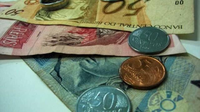 Recessão deve levar carga tributária do país  ao menor nível desde 2001