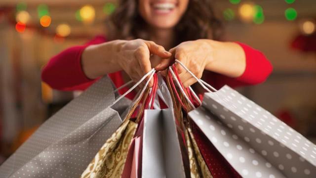 Consumidor planeja gastar mais na Black Friday, diz consultoria
