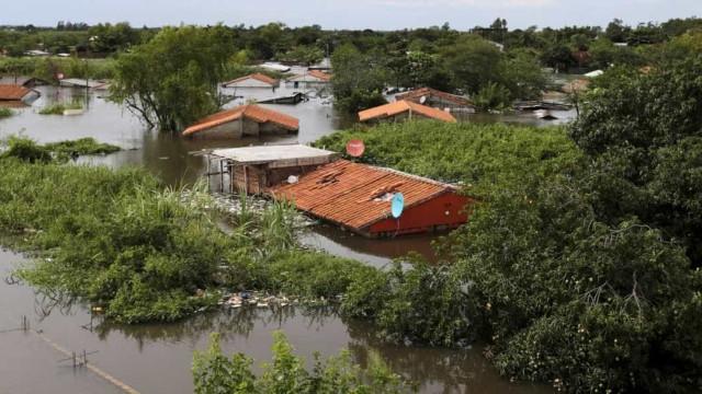 Cheias no Uruguai deixam mais  de 11 mil pessoas desalojadas
