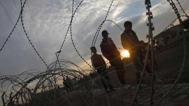 Ataque a base militar da Índia na Caxemira  deixa 17 mortos