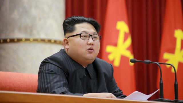 Seul suspeita que Coreia do Norte mantém programa nuclear