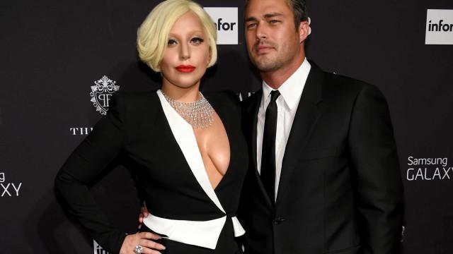 Ex-noivo se desculpa após curtir comentário negativo sobre Gaga