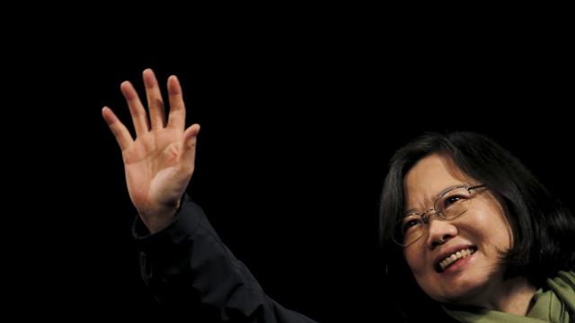 EUA agravam crise entre China e Taiwan com nova visita de autoridade