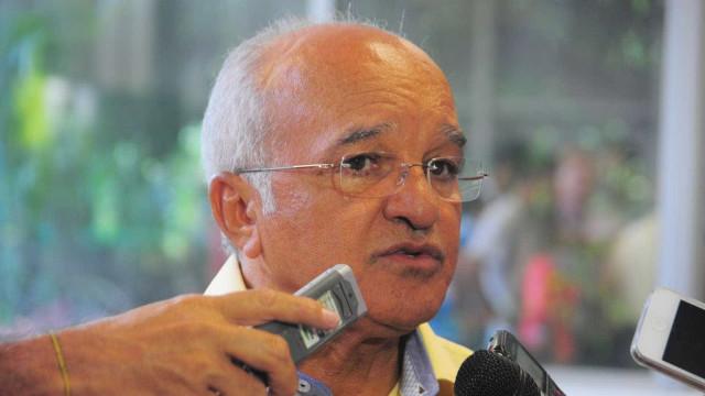 Presidente da Assembleia assume governo do AM após cassação