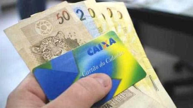 Caixa paga abono salarial para nascidos em janeiro e fevereiro