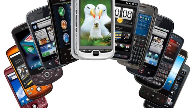 Samsung paga até R$ 2,4 mil por  celular ou tablet usado