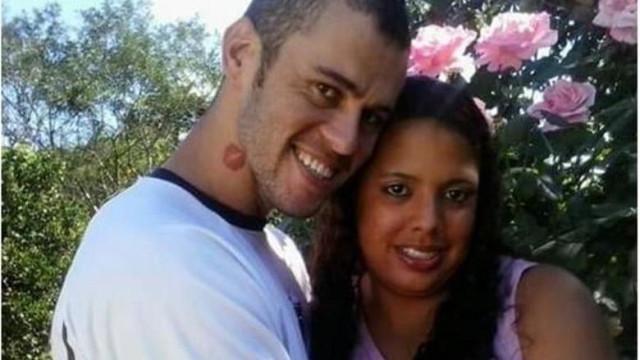 """""""Ela estava respirando"""", diz marido de jovem que acordou em caixão"""