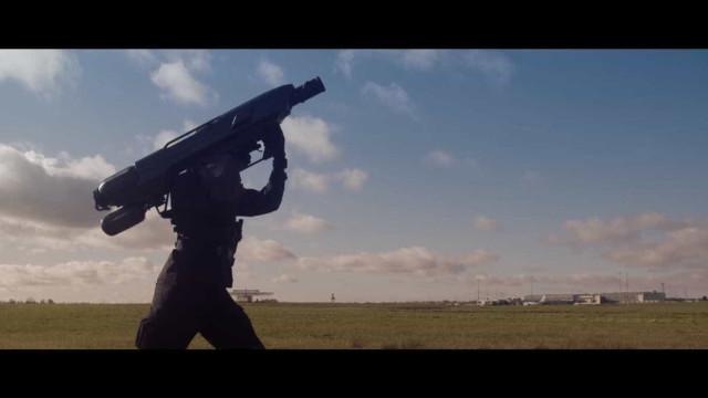 Quer capturar um drone? Vai precisar desta 'bazooka'