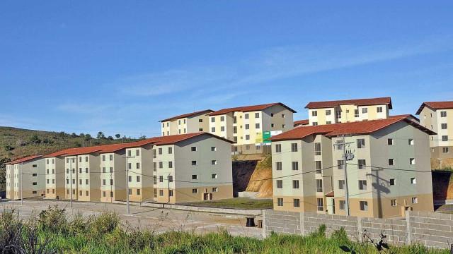 Gigantes da construção entram na habitação popular