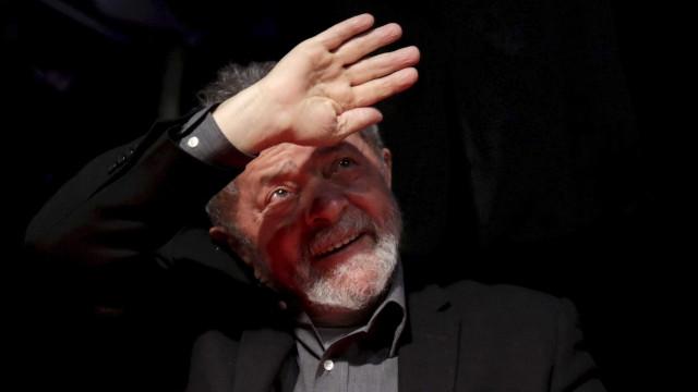 Edição extra do Diário Oficial nomeia Lula como ministro da Casa Civil