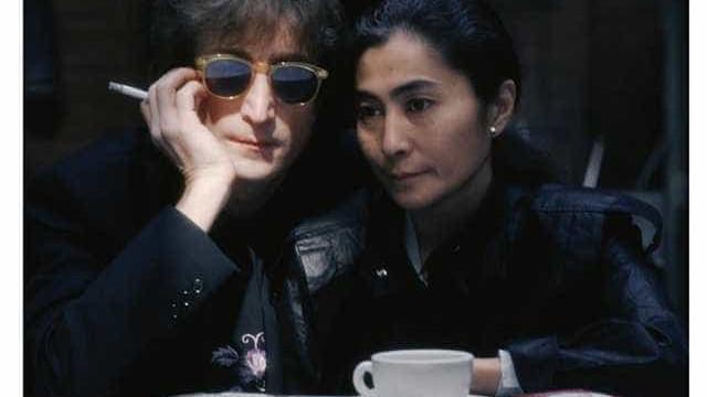Assassino de John Lennon pede desculpas a Yoko Ono