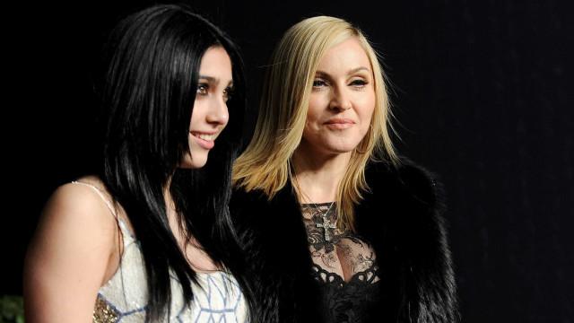 """Filha de Madonna diz que mãe é muito """"controladora"""""""