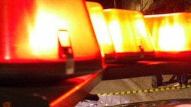 Preso por terrorismo ataca dois guardas na França