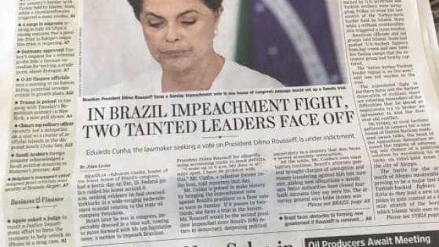 The Wall Street Journal estampa impeachment em manchete do dia