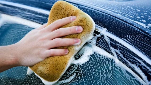 Saiba limpar o carro como um profissional
