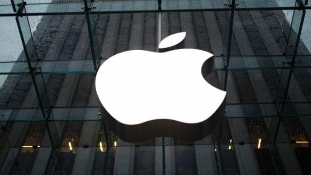 Milão se prepara para inaugurar megastore da Apple