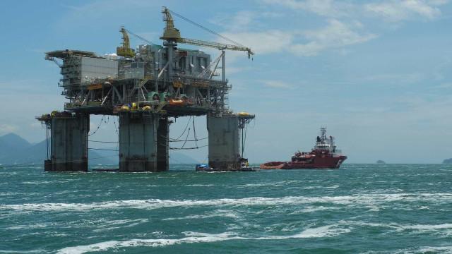 Produção de petróleo e gás natural batem recordes no mês de agosto