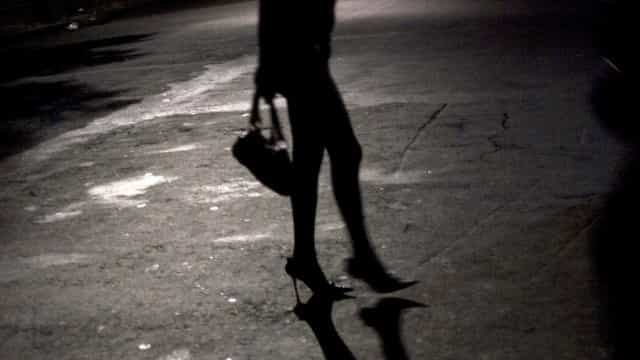 Cliente mata travesti após se recusar a pagar programa, diz polícia