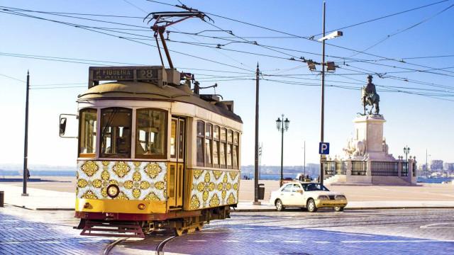 Descubra Lisboa, cheia de cores, amores e sabores