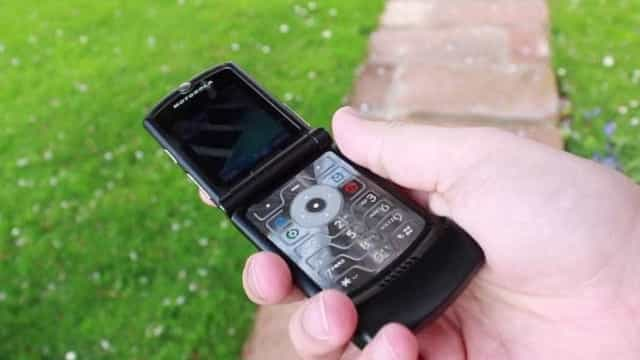 Um dos mais icônicos celulares da Motorola pode estar de volta