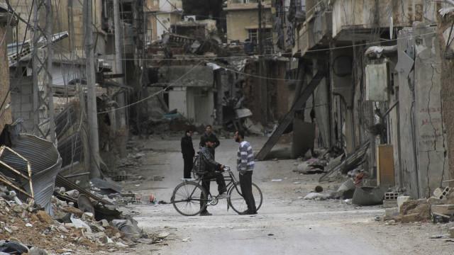 Reino Unido promete enviar US$ 12 milhões em ajuda humanitária à Síria