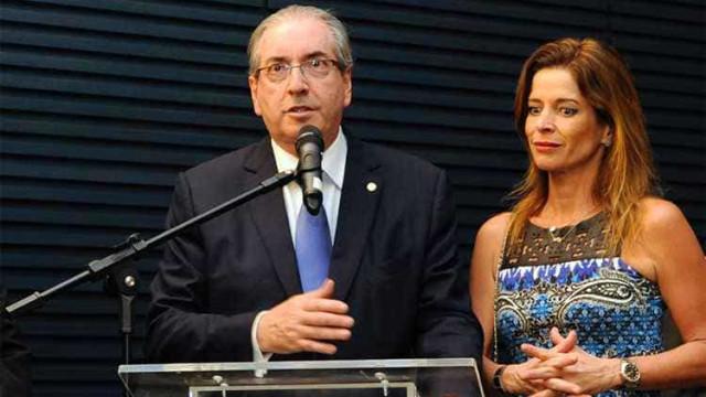 Tribunal converte pena de esposa de Cunha em serviços comunitários