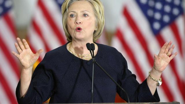 Conselheiro de Hillary: Al-Qaeda estava  'ao lado dos EUA' na Síria