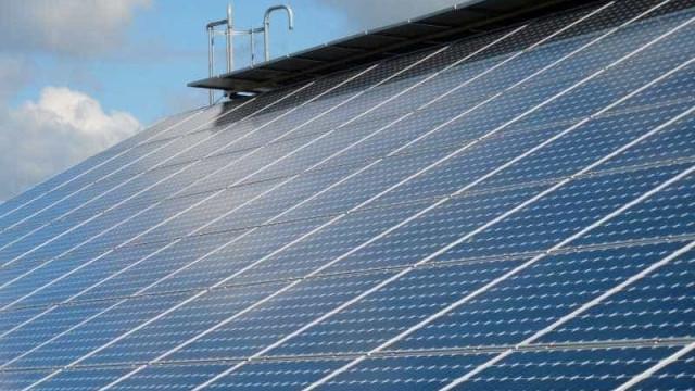 Investimento em energia solar traz 'esperança' ao Brasil